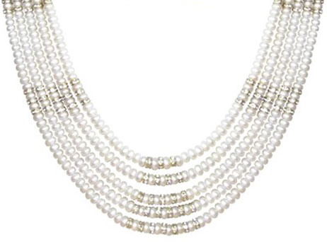 7-ways-to-wear-pearls-2