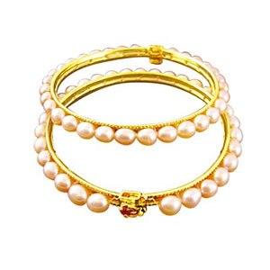 Peach Oval Pearl Bangles
