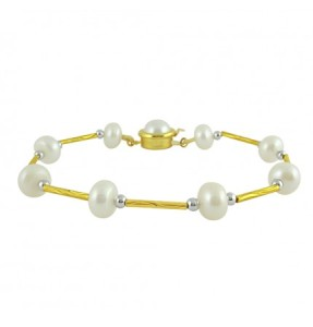 Fashionable Stylish Pearl Bracelet